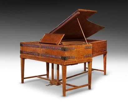 Antique Grand Piano, Broadwood, 1904